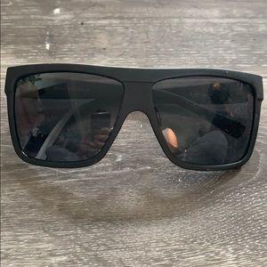 Perfect condition Quay square sunglasses